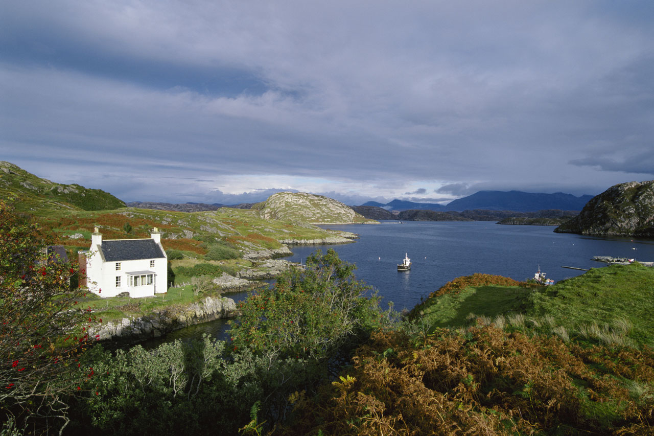 Book a cottage with beautiful views