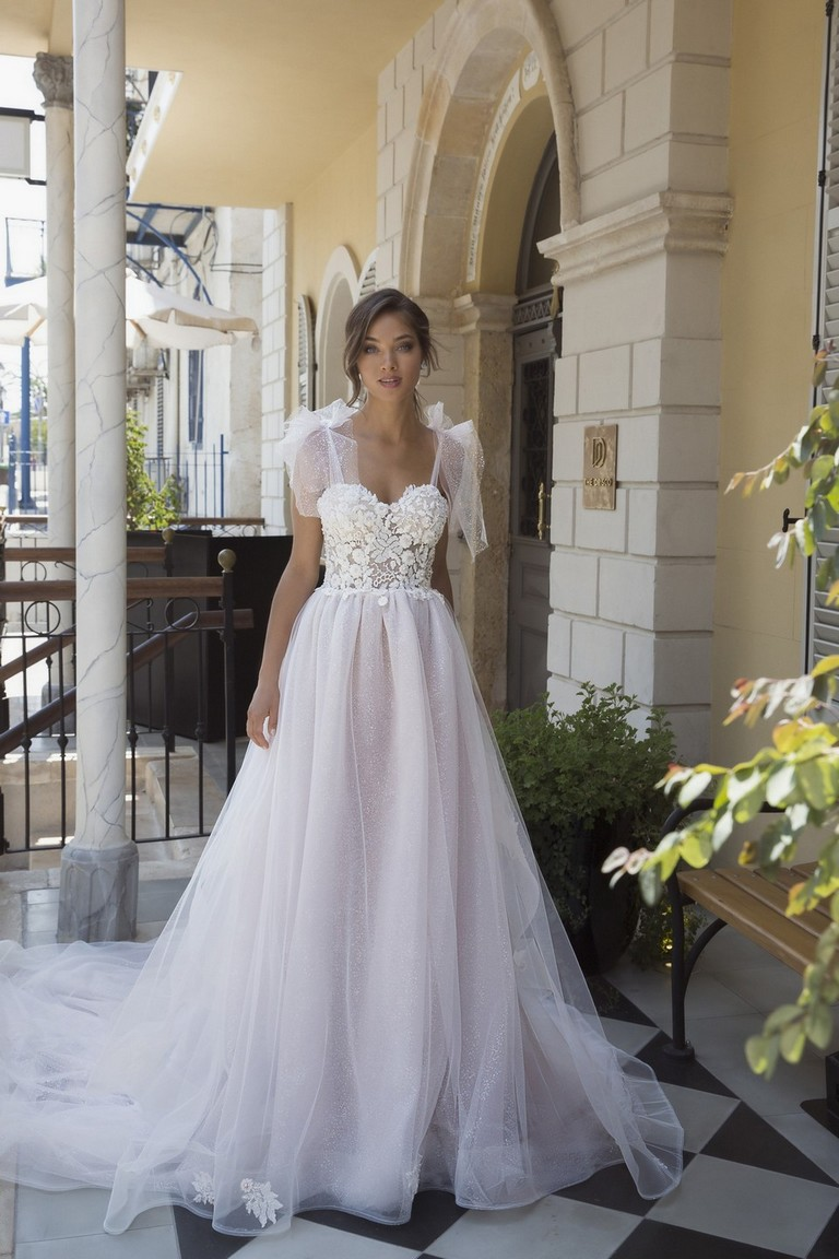 Rozi Wedding Dress by Valeri Bridal